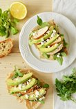 Sandwiches with avocado, chicken and feta