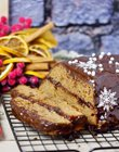 Easy gingerbread with marmalade