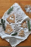 Crispy gingerbread cookies with gingerbread spice and tangerine zest